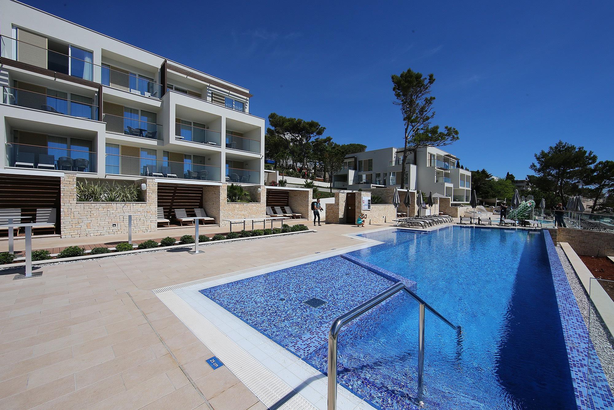 Heuer eröffnet: 62 Millionen Euro investierte Valamar in das Girandella Resort. Gemeinsam mit dem Family Life Bellevue Resort hat die Gruppe Rabac als neuen Standort etabliert.